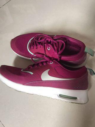 Sepatu Nike Shoes Thea