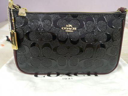 🆕Authentic Coach Top Handle Pouch in Signature (Black & Oxblood)