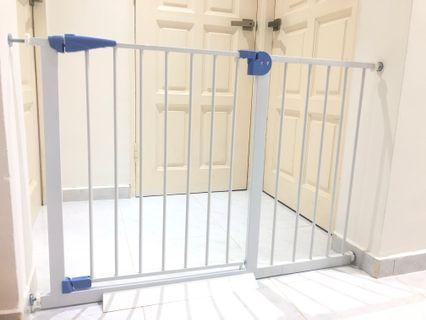 🚚 *ALL BRAND NEW* Auto Closed Safety Gate