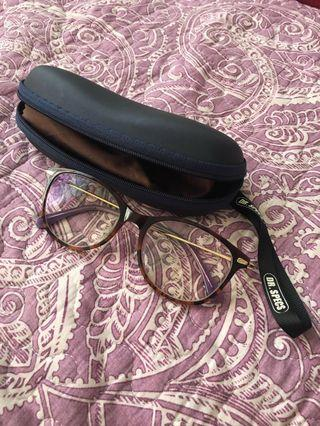 Transition spectacle free postage