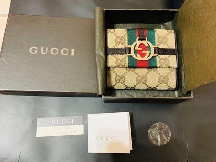 Gucci 全新極美8卡雙層短夾 零錢夾打開有3層喔