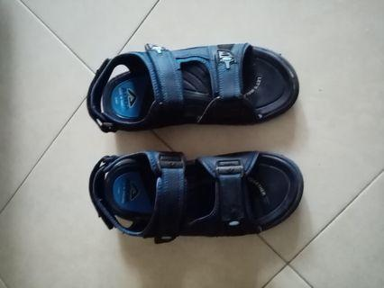 Sandles floaters