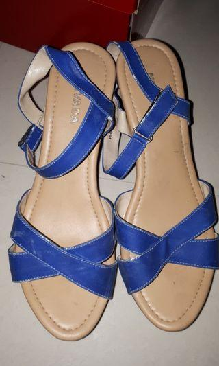 Wedges nevada BLUE