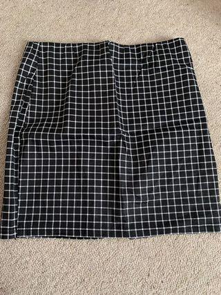 Mirrou checked pencil skirt
