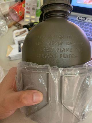 🚚 美軍公發水壺