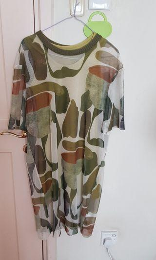 🚚 Fun Army print dress