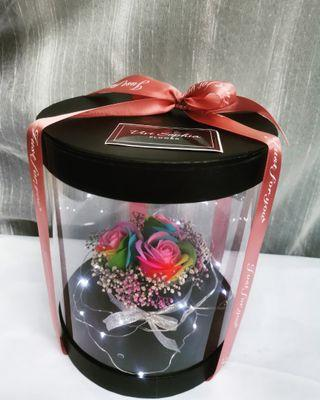 Soap rainbow roses gift box