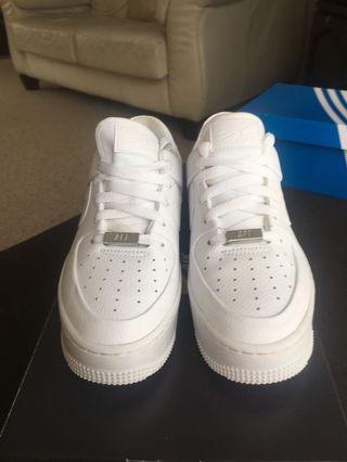 Size 7 Women's Nike Air Force 1 Sage Low White/White