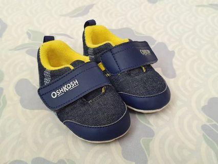 Sepatu bayi Oshkosh