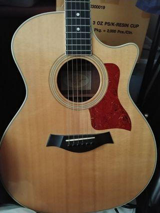 Taylor 414 CE with Hard case