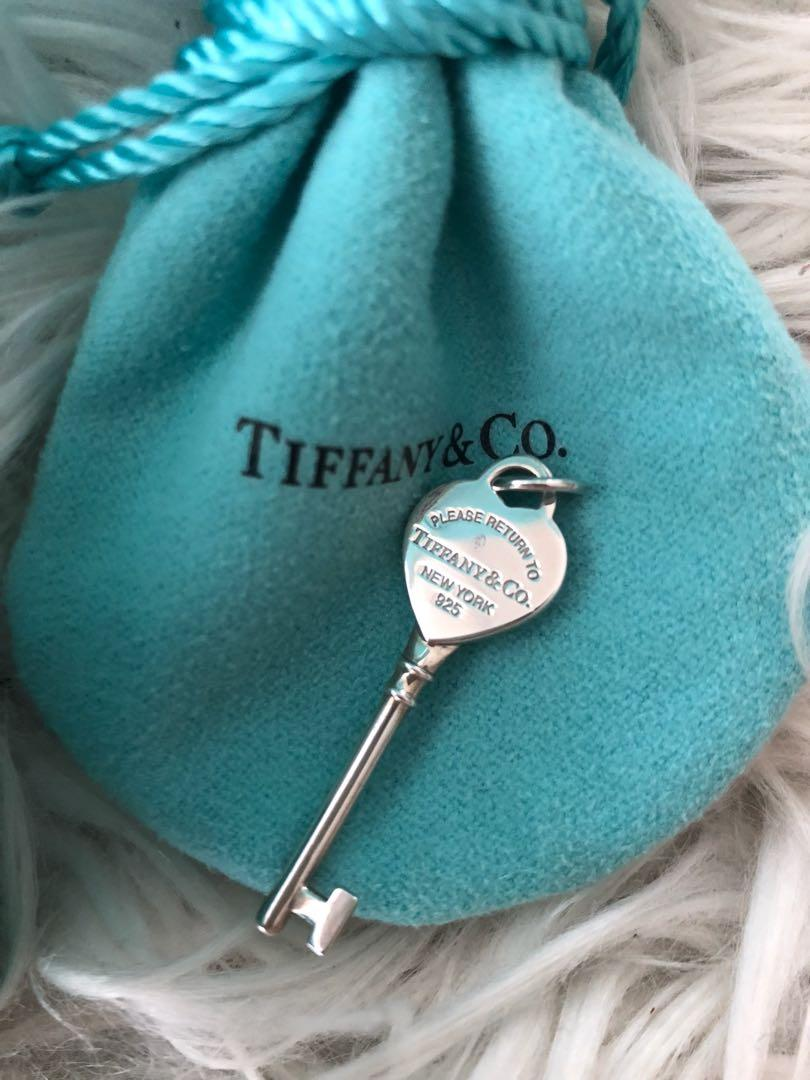 100% AUTHENTIC RETURN TO TIFFANY & CO HEART KEY BRAND NEW