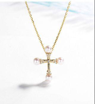 18k gold necklace with natural diamonds and pearls