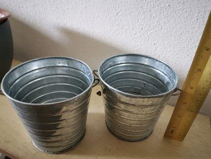 Metal pot -2 pcs