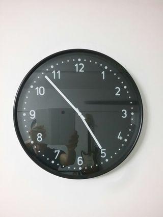 Ikea wall clock (Bonis)