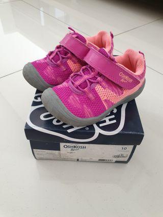 Sepatu sport OSHKOSH girl size 27