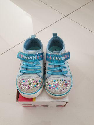 Sepatu Disney Frozen size 26