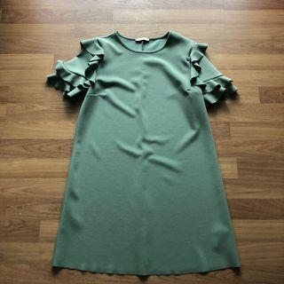 Zara ruffles Dress