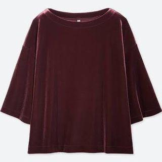 UNIQLO Velvet Top