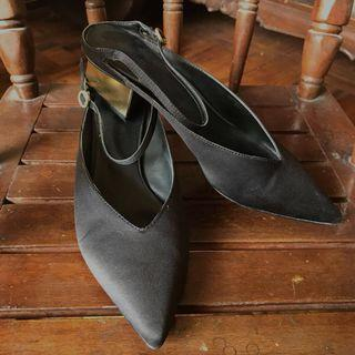 Charles & Keith Classy Mules