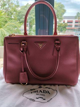 dfc5384c6f45 prada saffiano lux | Luxury | Carousell Singapore