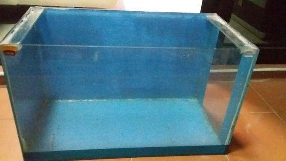 Fish Tank with free filter tray