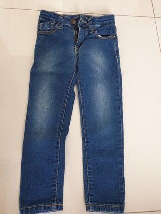 Jeans Cool Girl 4-5 tahun