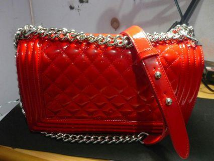 RED CHANEL BAG WITH CHAINS