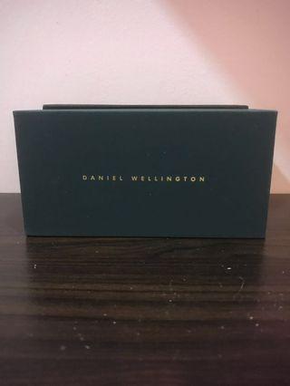 Daniel Wellington DW00100189 Rose Gold Leather Women Watch