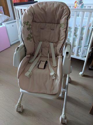 Aprica High Chair 高低調節搖擺餐搖床椅