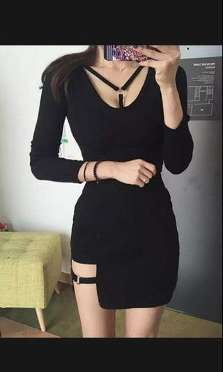 [PO] Ulzzung Black strapped SKIRT