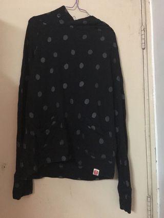 黑色波點毛巾T