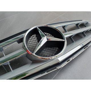 Original Mercedes W204 Grill for C180