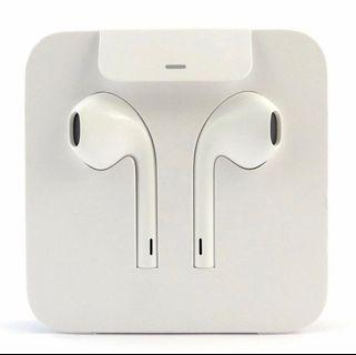 🚚 XR Apple Earpods 100% authentic and original