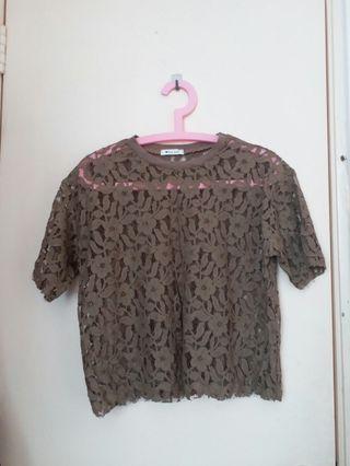 全新啡色通花蕾絲上衣 T-shirt