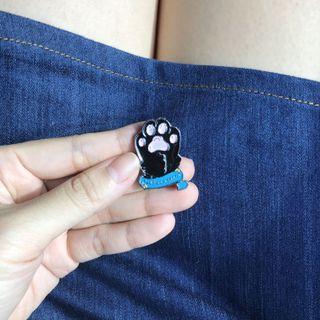 Cat paw bros enamel pin