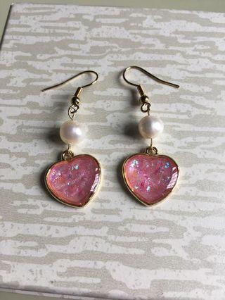 Sparkly heart and real pearl earrings