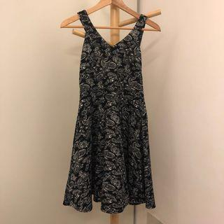 Printed Black Dress 👗 #dressforsuccess