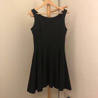 Black Skater Dress 👗 #dressforsuccess30