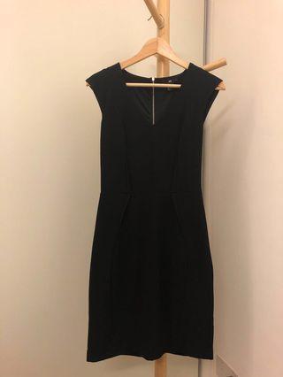 H&M Black Work Dress 👗 #dressforsuccess30