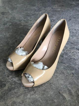 Staccato Heels in Nude