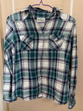 🚚 Checkered Flannel Shirt