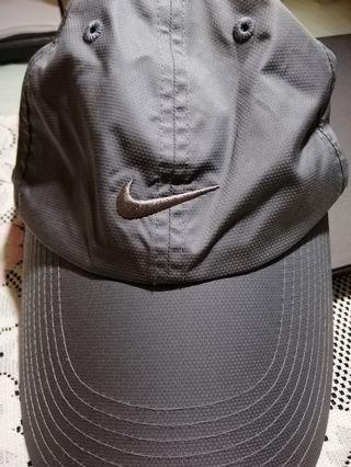 Nike Silver Cap