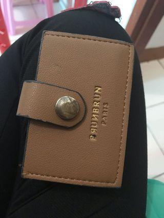 Brun brun card holder