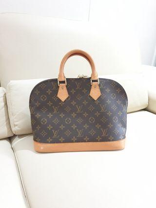 🚚 Louis Vuitton lv monogram alma pm