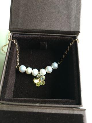 Real pearl and flower crystal necklace