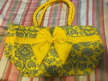 Naraya yellow and blue patterned shoulder bag
