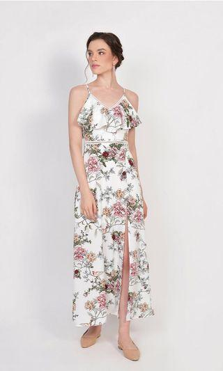 🚚 Brand new Megumi Floral Ruffle Maxi - White in size S