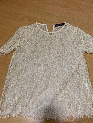 🚚 Zara lace top