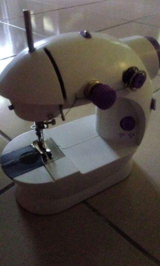 🚚 縫紉機
