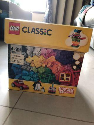Sale of Pre-owned Assorted Lego Classic with Lego Board included & 3 in 1 Lego Creator